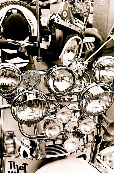 Mods day out by Pat Shawyer