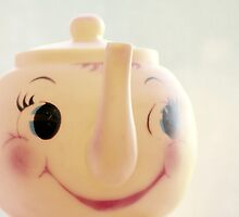 Little Miss Teapot by Hilary Walker