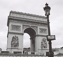 L'Arc de Triomphe b&w, Paris, France by claudiarose99