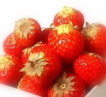 Strawberry dream by Arve Bettum