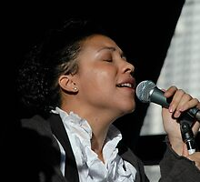 Lady Sing The Blues @ Darling Harbour 2009 by muz2142