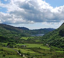 Wales The Nant Gwynant Pass -  Llyn Guynant       by 29Breizh33