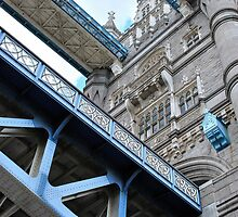 Tower Bridge by Karen Martin