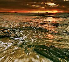 Swirling by Geraldine Lefoe