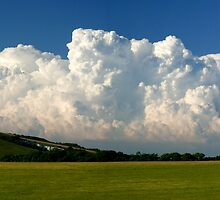 Caburn clouds by mikebov