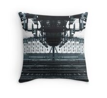 yrtnaggantry Throw Pillow