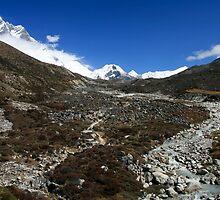 Imja Drengka Valley by Richard Heath