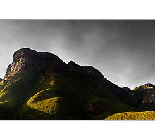 Bluff Knoll sunrise by Kirk  Hille