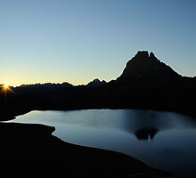 sunrise over pic du midi d'ossau by patrick pichard