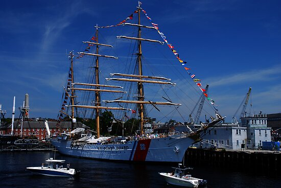 Sail Boston- US Coast Guard by LudaNayvelt