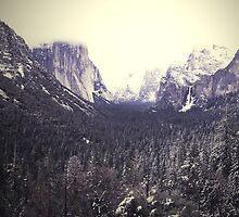 Yosemite by LeGirl