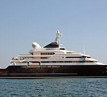 Bill Gates Yacht by longaray2