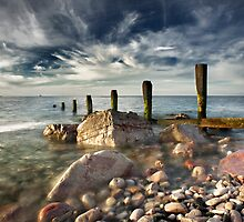 Breakwater, Old Colwyn by maxblack