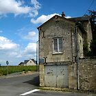 Living_Right_on_the_Corner_Chinon_France by Keith Richardson