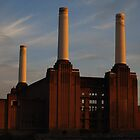 Battersea Power Station by Héctor Brindis