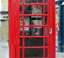 Red Telephone Box by JenJenB