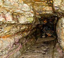 Cave entrance by yurix