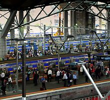 Southern Cross Station VI by Tom Newman