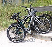 Bikes at the Beach by kinz4photo