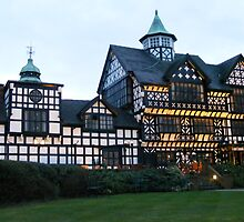 Tudor Hotel and Restaurant, Bunbury Cheshire,  by AnnDixon