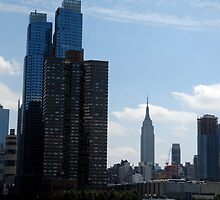 NYC Skyline by shartenstine