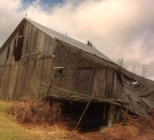 hdr mount middleton abandoned old barn by Jamie Roach