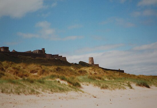 Bamburgh by Rowan  Lewgalon