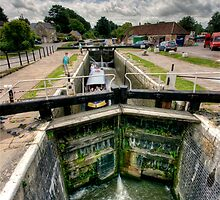 Canal lock by Richard Majlinder