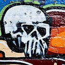 Graffiti skull by yurix