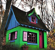 Gingerbread House by DariaGrippo