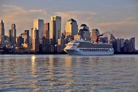 Carnival cruise ship Triumph on the Hudson Rv. by pmarella