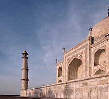 The Taj Mahal, Agra, India. by Darren Newbery