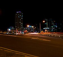 Brisbane at night by davecourt