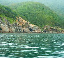 Rocky coast by komashyaru