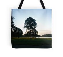 insomniac photos - Yggdrasill Tote Bag
