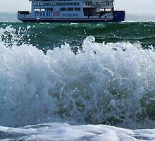 Isle of Wight Ferry, Hampshire, U.K. by LumixFZ28