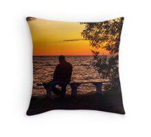 watchin the sunset Throw Pillow