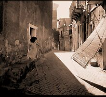 Back Street Italiana by Chet  King