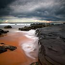 Forresters Beach, Exposure Blend by Matt  Lauder
