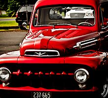 Red classic by mephotography