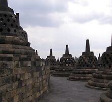 Stupas by Lisa Carse