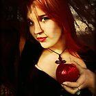Apple by Igor Giamoniano