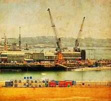H.M. Devonport - HDR by phil hemsley