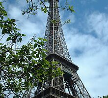 Eiffel Tower Paris by inglesina