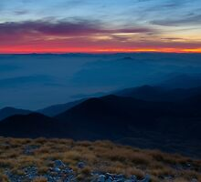 Dawn on high ground by Ivan Coric
