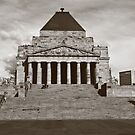 Shrine of Remembrance by Leanne Nelson
