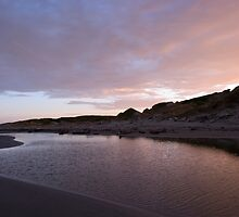 Dawn at Himitangi Beach by Derek Kan