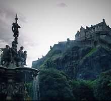 Edinburgh Castle  by MARTINH