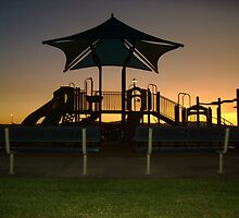 Park Closes at Dusk by jacobra
