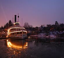 Molly Brown, Disneyland Resort Paris by DanPraag